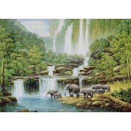 สินค้างานฝีมือ-ครอสติสลายช้างป่าริมน้ำตก