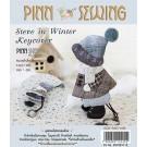 สินค้างานฝีมือ-ชุดคิทควิลท์ ชุดคิทควิลท์ งานเย็บที่เก็บกุญแจ Steve in winter keycover